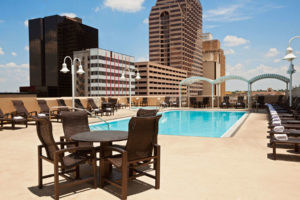 WyndhamRiverwalk_47678_pool_view_1